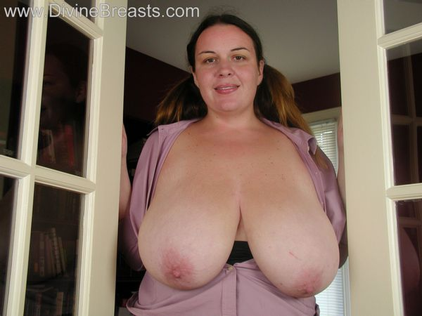 angelica-busty-big-boobs-15