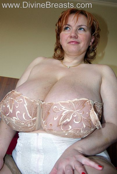 red-head-with-real-big-tits-7