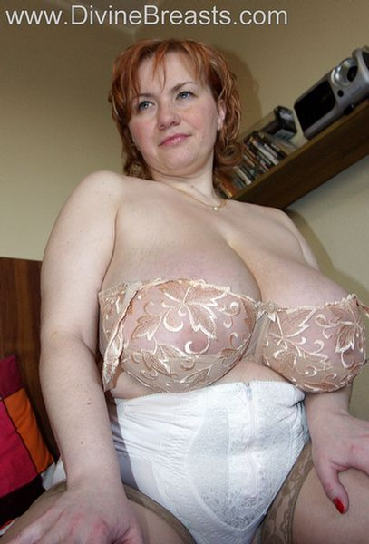 red-head-with-real-big-tits-8