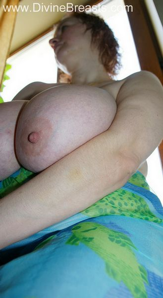 round-big-boobs-pink-nipples-14