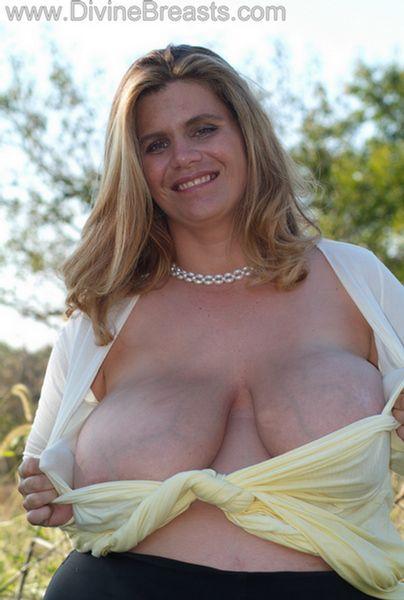 hayley-big-tits-pregnant-5