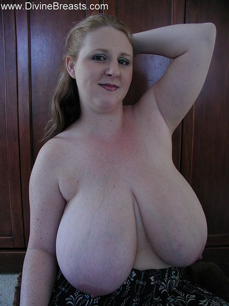 sapphire-big-boobs-plumper-bbw-1