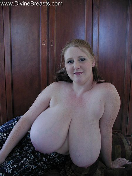 sapphire-big-boobs-plumper-bbw-2