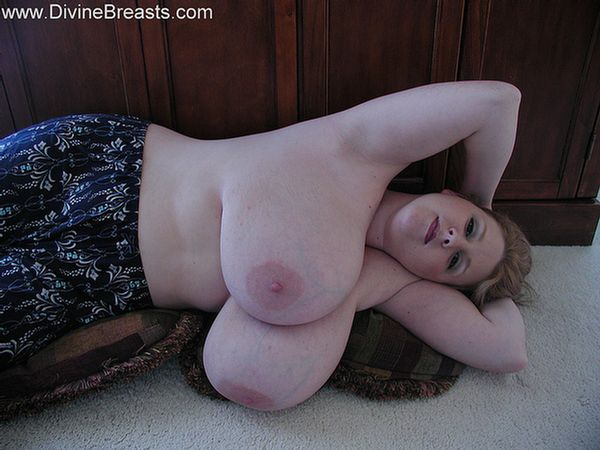 sapphire-big-boobs-plumper-bbw-7