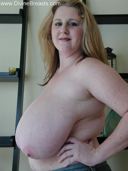 sapphire-large-breasts-milf-10