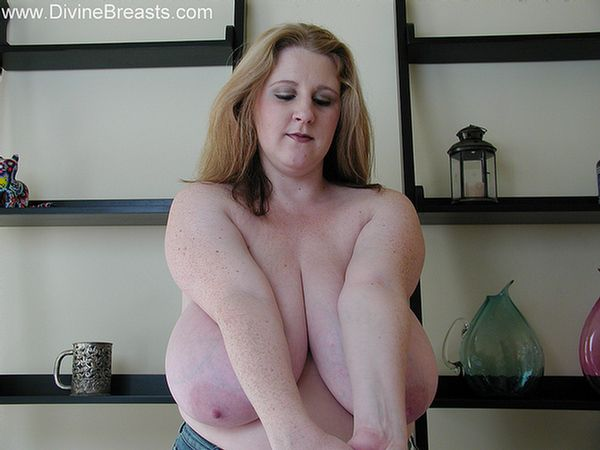 sapphire-large-breasts-milf-7